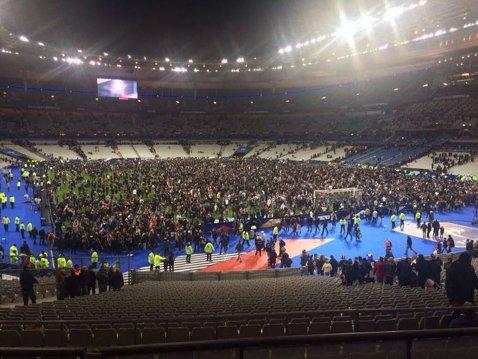 Sportul, sub teroarea atentatelor. Meciul de rugby Stade Francais - Munster, amânat din motive de securitate