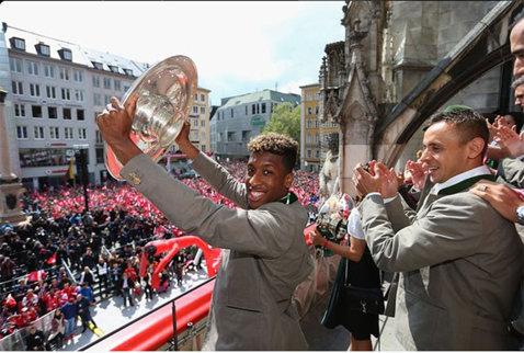 Francezul Kingsley Coman, adversarul României la Euro 2016, are în palmares 8 trofee la doar 19 ani