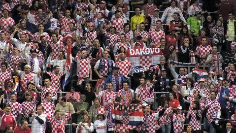 Croaţia, amendată şi obligată să joace două meciuri fără spectatori din cauza scandărilor fasciste