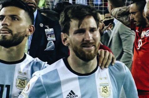 Leo Messi, implorat să revină la naţionala Argentinei! FOTO   Iniţiativa fără precedent a suporterilor argentinieni