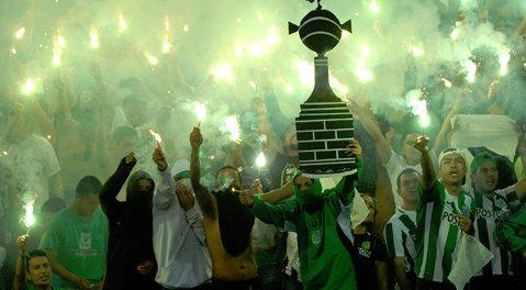 Haos în Columbia după finala Copei Libertadores! Patru fani ucişi, 23 de răniţi şi peste 100 de arestări
