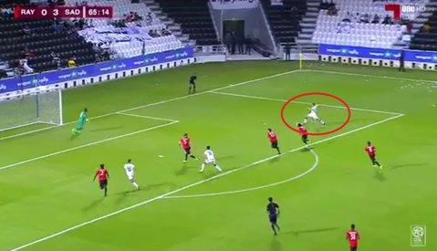 Primul moment de magie al lui Hamroun în Qatar! VIDEO | Jucătorul Stelei, gol superb din pasa legendarului Xavi