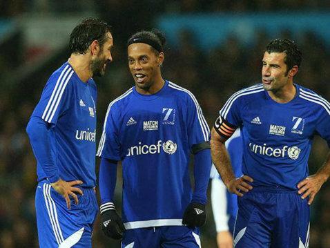 UEFA şi ONU organizează un meci caritabil în 2018. Ronaldinho şi Figo, invitaţi să-şi facă echipe