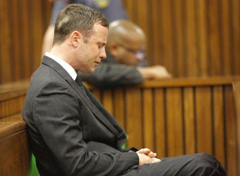 ULTIMA ORĂ | S-a dat sentinţa în cazul Pistorius. Atletul a fost condamnat la 5 ani de închisoare