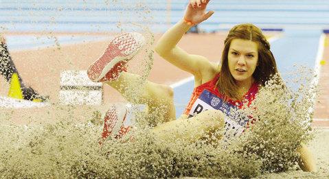 Alina Rotaru, locul 4 la etapa Golden League de la Londra. Atleta este aşteptată să prindă finala la săritura în lungime şi la Rio