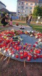http://storage0.dms.mpinteractiv.ro/media/401/581/7958/16477333/3/guset-funeral.jpg