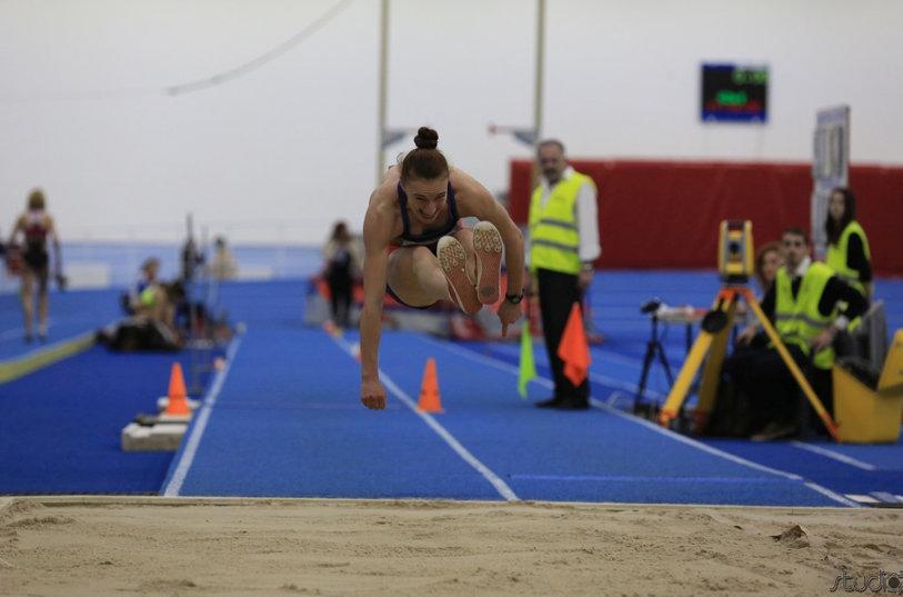 Elena Panţuroiu, cel mai bun rezultat la Naţionalele indoor de atletism: 14,22 metri la triplusalt