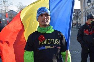"""""""Voi trage animalic! Nu mă duc acolo să mă menajez"""". Interviu cu Levente Polgar, primul sportiv cu dizabilităţi acceptat la cel mai greu maraton din lume"""