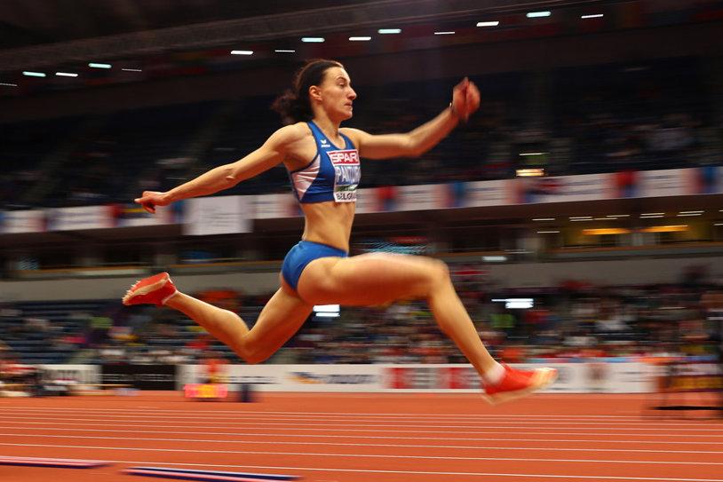 Finală dramatică pentru Andreea Panţuroiu la Mondialul de sală. Atleta a ratat podiumul de la triplusalt pentru 7 centimetri, dar rămâne cu o performanţă de excepţie