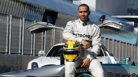 Lewis Hamilton, în pole position şi la Marele Premiu al Bahrainului. Vezi grila de start