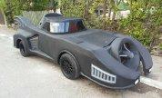 Un român şi-a scos Batmobilul la vânzare pe net. Cât cere în schimbul bolidului