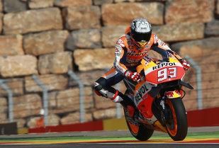 Marc Marquez câştigă la Aragon şi are 52 de puncte avans cu 4 etape înainte de finalul sezonului. Lorenzo şi Rossi pe podium