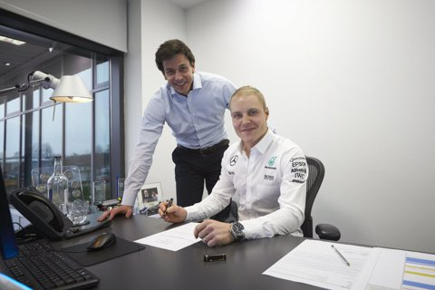 OFICIAL | Mercedes i-a găsit coechipier lui Lewis Hamilton, după retragerea lui Rosberg: un pilot fără victorie în Formula 1