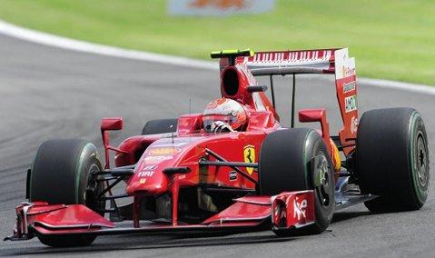 Kimi Raikkonen va pleca din pole position la MP al Principatului Monaco pentru prima dată după aproape 10 ani şi 128 de curse. Hamilton, marea dezamăgire a calificărilor