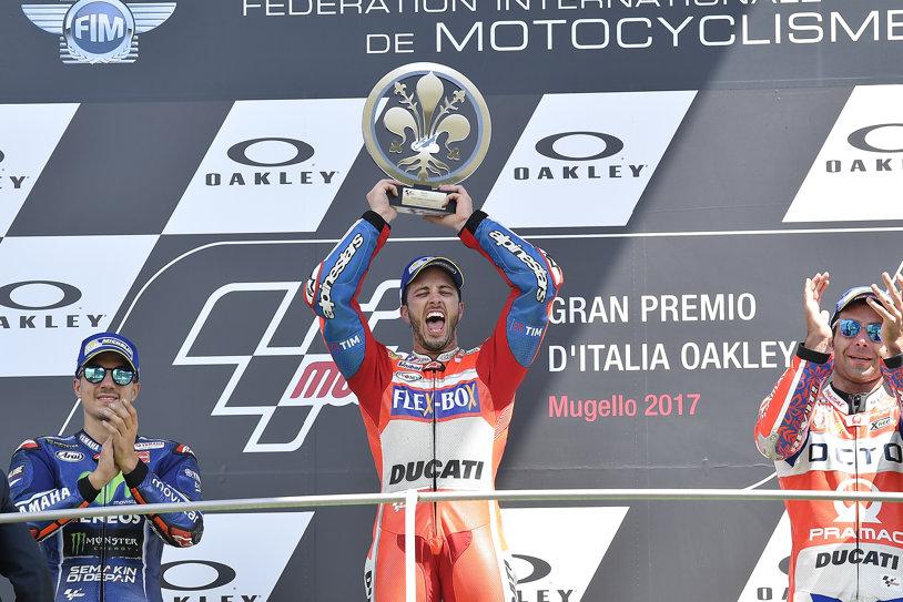 """Andrea Dovizioso câştigă la Mugello. Surpriza Danilo Petrucci a terminat în primii 3: """"Mi-aş fi vândut casa pentru acest podium"""""""