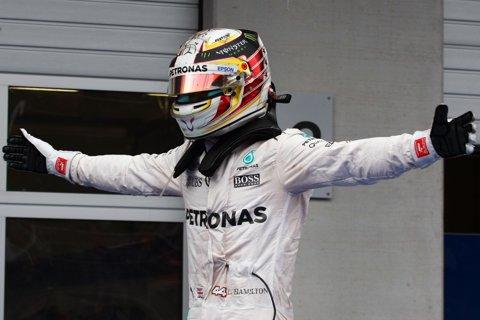 Pole-position pentru Lewis Hamilton la Marele Premiu de Formula 1 din Azerbaidjan