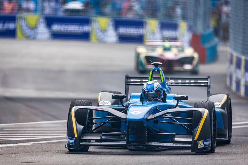 Hegemonia Renault în Formula E. Francezii au ajuns la trei titluri consecutive la constructori. Buemi a pierdut titlul în ultima etapă.