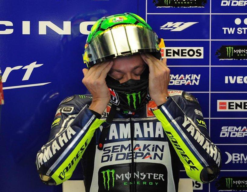 Accident grav pentru Valentino Rossi. Italianul e în spital cu fractură de tibie şi peroneu