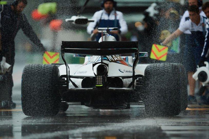 F1 | Calificările frustrării. Record absolut pentru Lewis Hamilton la Monza: a luat pole-ul la mustaţă, în ultimul tur cronometrat dintr-o sesiune diluată de ploaie