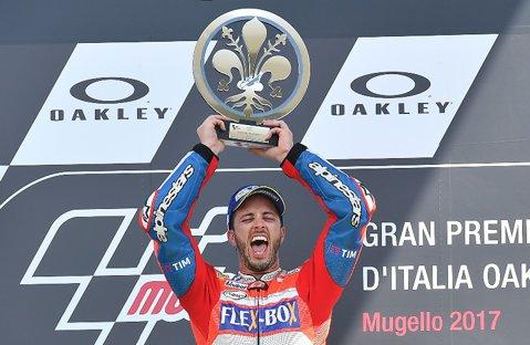 Andrea Dovizioso, primul stăpân din MotoGP! Pilotul Ducati a câştigat în Qatar după un duel la limită cu Marquez. Podium pentru Valentino Rossi