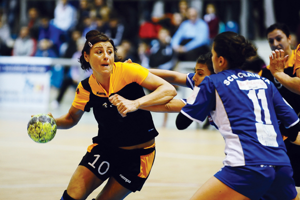 """Un personaj  important din handbalul românesc susţine că multe sportive sunt lesbiene: """"Nici nu vă daţi seama câte cazuri sunt!"""""""