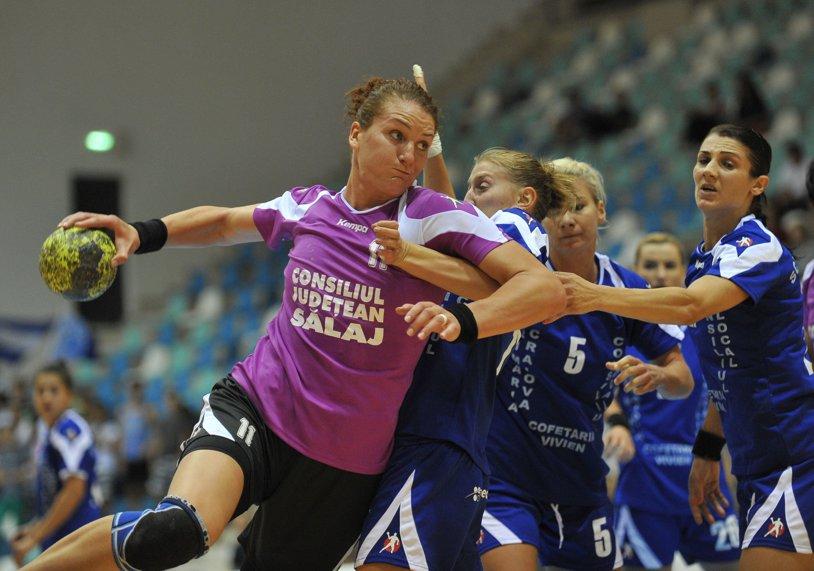 Amariei şi Tadici au terminat la egalitate, 23-23, în SCM Craiova - HC Zalău. Partida s-a încheiat cu Tadici apărător pe semicercul Zalăului!