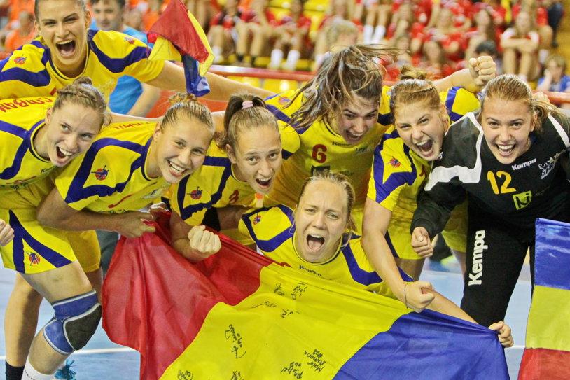 """""""Sub nicio formă nu cedăm!"""" GALERIE FOTO: România, campioană mondială Under 18. Imagini unice cu bucuria tricolorelor"""