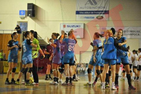 Caz incredibil în handbalul feminin. CSM Bucureşti a câştigat cu 28-16 partida cu SCM Craiova, dar riscă să piardă meciul la masa verde