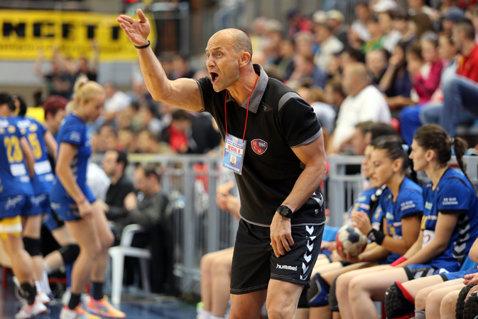"""Ultimatum pentru antrenorul echipei HCM Baia Mare, Costică Buceschi, după înfrângerea cu Corona. Cătălin Cherecheş: """"Tragem un semnal de alarmă"""""""