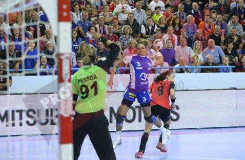 INEDIT | Scorul egal, rezultatul cel mai des înregistrat în confruntările dintre România şi Franţa, în Liga Campionilor la handbal feminin