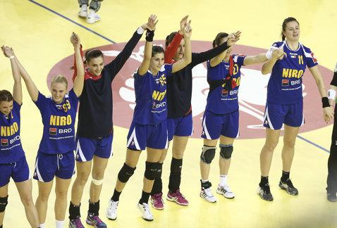 EURO 2014 | Victorie şi revanşă în ultima apariţie de la Debrecen: România - Polonia 24-19. Aşteptăm rezultate pozitive de la Danemarca şi Norvegia pentru a continua turneul