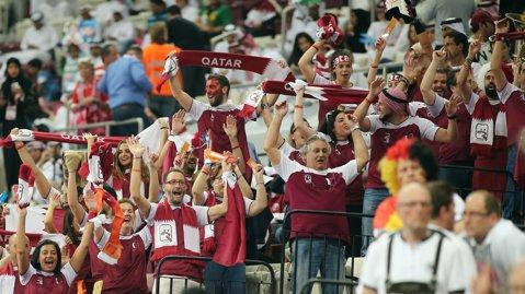 2.000 de euro pentru a fi suporter al Qatarului. Arabii şi-au închiriat şi galerie pentru Mondialul de handbal
