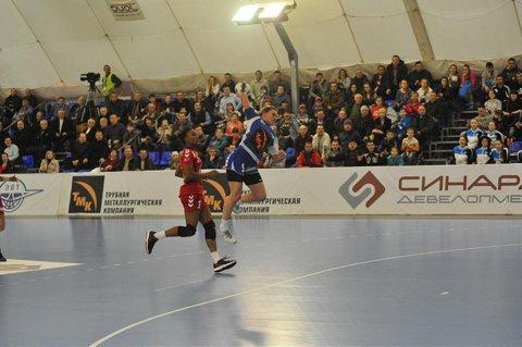 La pământ! Cu cinci zile înainte de turul sfertului cu Baia Mare, Dinamo Volgograd a pierdut primul titlu după şase ani!