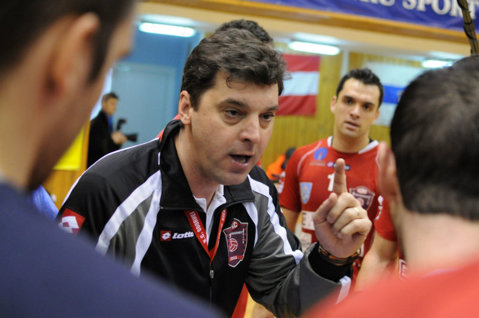 """Trofeul Challenge Cup în handbalul masculin se decernează în România. Vlad Caba, înaintea unei perioade de foc: """"Nu ştiu cum vom gestiona finalul, nu putem renunţa nici la campionat"""""""