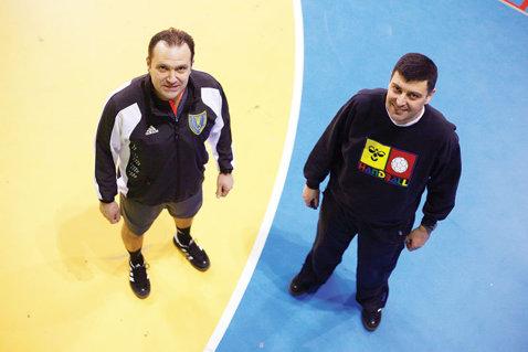 """Arbitrii Constantin Din şi Sorin Dinu au fost delegaţi să conducă finala Ligii Campionilor la handbal masculin. Din: """"Este o victorie pentru arbitrajul românesc"""""""