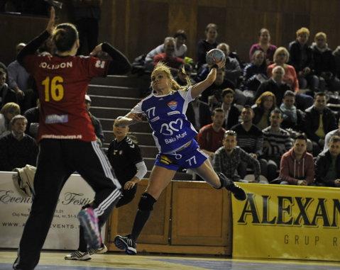 HCM Baia Mare s-a calificat în semifinalele Ligii Naţionale de handbal feminin