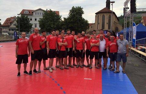 Dinamo Bucureşti a câştigat un amical cu o posibilă adversară în turul 3 al Cupei EHF. Debut cu victorie pentru Sandu Iacob la HC Vaslui