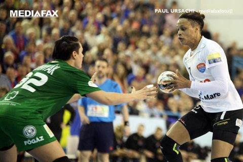 Baia Mare s-a dezlănţuit cu Ferencvaros şi a făcut un pas uriaş către sferturile de finală ale Ligii Campionilor. Văzută din vară la Vardar Skopje, Allison Pineau a făcut show