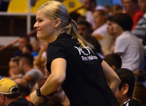 Janina Luca va lipsi de pe teren şi în sezonul următor. Handbalista a rămas însărcinată