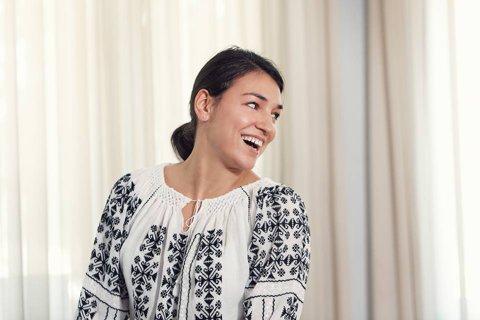 """Cristina Neagu, aşa cum nu aţi văzut-o niciodată! Dedu: """"Cristina este îndreptăţită să fie portdrapelul României la Rio. Este cea mai bună din lume, frumoasă şi ştie să vorbească şi mai multe limbi străine"""""""