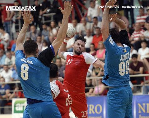Programul complet al Ligii Naţionale de handbal masculin. Marele derby Dinamo - CSM Bucureşti se joacă în etapa a 3-a. Finalul este la superlativ, cu Steaua - Dinamo şi CSMB - Constanţa