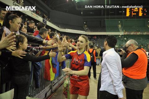 Final dureros pentru România la turneul amical din Norvegia. Ana Maria Tănăsie s-a accidentat serios în meciul cu Spania şi ar putea rata Jocurile Olimpice de la Rio