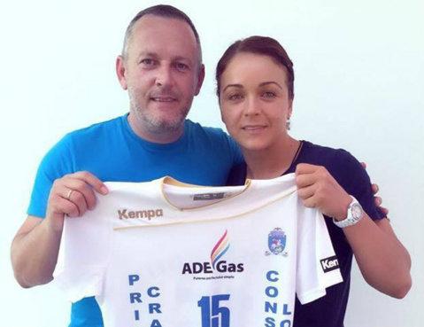 Valentina Ardean a debutat sub tricoul SCM Craiova, iar Dunărea Brăila a câştigat turneul de la Braşov. Prezentare de gală cu SMILEY pentru CSM Bucureşti