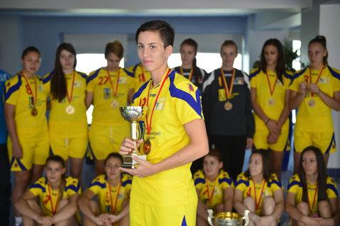 5 jucătoare sunt gata să debuteze la naţionala de handbal feminin! Lotul preliminar de 28 de jucătoare al României pentru Euro 2016. Ryde, reconfirmat în funcţie până la 31 decembrie