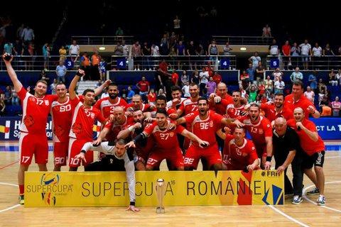 Fizic, Dinamo arată a echipă de Liga Campionilor! Mai rămâne de demonstrat valoarea. Prima ocazie este duminică, într-o partidă cu Holstebro, reprezentantă a naţiunii care deţine titlul olimpic