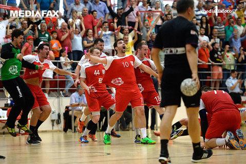 Dinamo a ratat o victorie uriaşă în grupele Ligii Campionilor. Campioana României a fost egalată de Holstebro în ultima secundă a meciului, scor 32-32