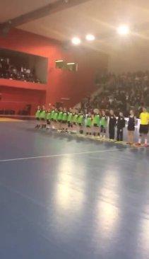 VIDEO Moment emoţionant cu nişte copii de 7 ani care plătesc să facă handbal, deveniţi campioni la Praga. Cum a ajuns Steaua să joace împotriva lui Gyor şi handbalista care a ajuns în Top 15 într-o ierarhie cu 7.154 de jucători