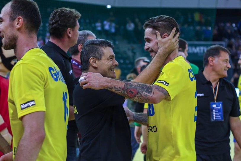 Xavier Pascual vă invită la meci, apoi ... la curs! Antrenorul echipei naţionale vine cu tot staff-ul echipei FC Barcelona la Cluj şi va dezvălui cum se munceşte la formaţia catalană