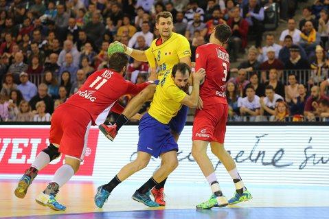 Handbal masculin: România, ruşine până la capăt. Tricolorii au pierdut şi ultimul meci din preliminariile Europenelor, 31-32 cu Polonia, şi au ratat calificarea