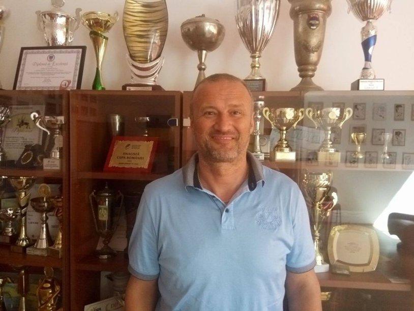 """""""U"""" Cluj are un nou antrenor, Rapid a transferat un portar din naţionala Serbiei, iar Sijan Dane şi-a prelungit contractul cu HCDS Constanţa"""